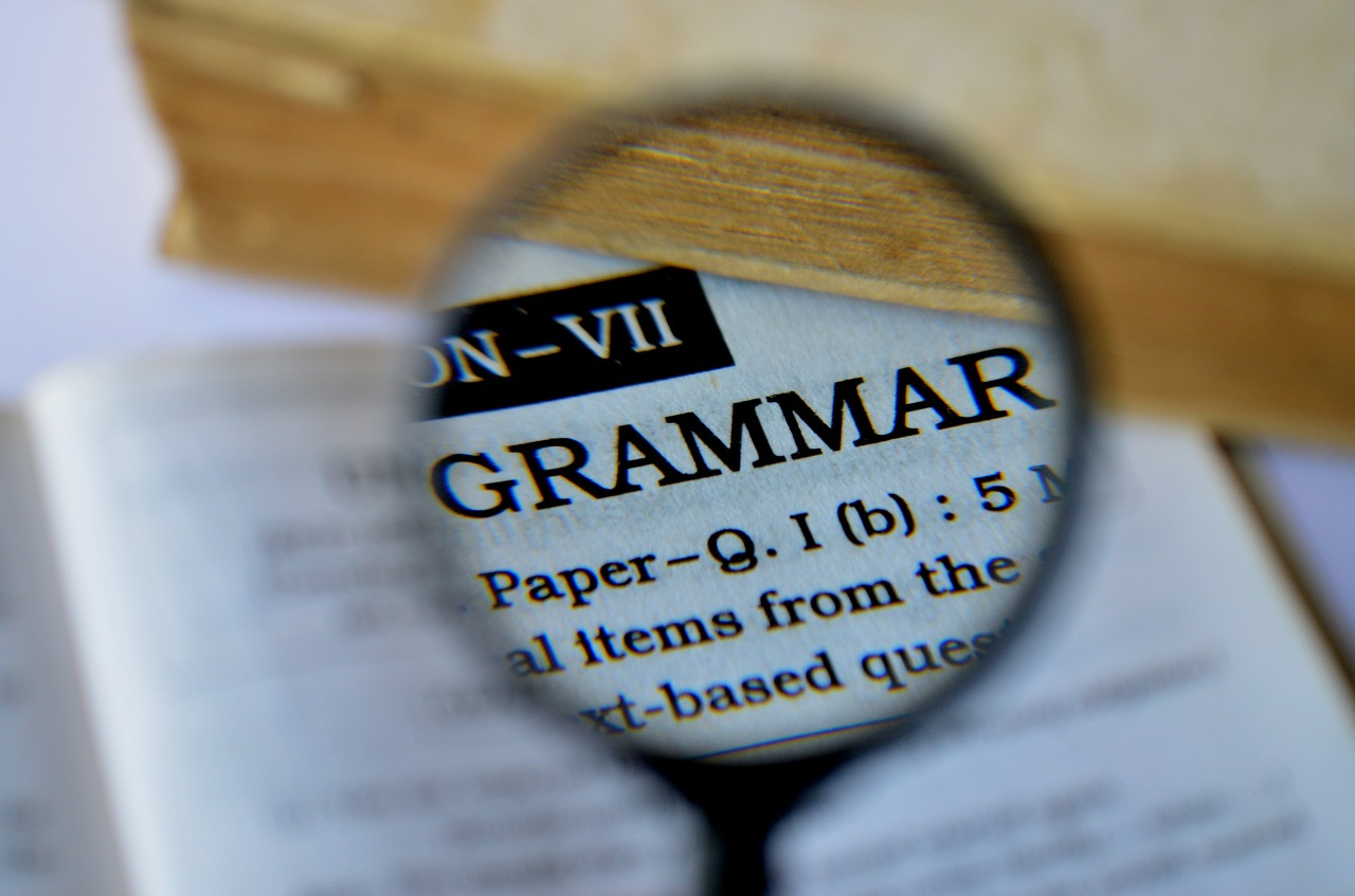 online grammar checker tools to avoid grammatical errors for free