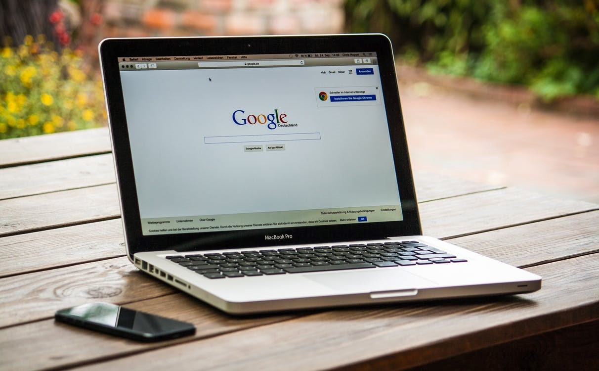 Using SEO and targeted keywords to rank higher on Google's search results for a better brand reputation