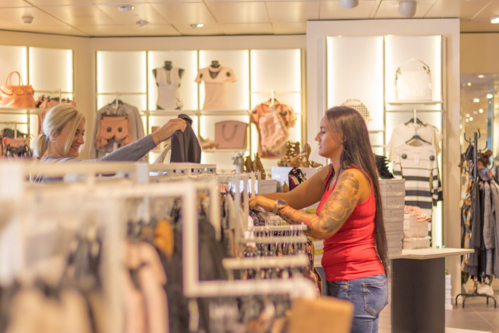 How to Increase Sales in Retail: Creative Ideas and Promotions?