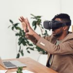 How and When to Use Augmented Reality Remote Assistance in Business in 2021